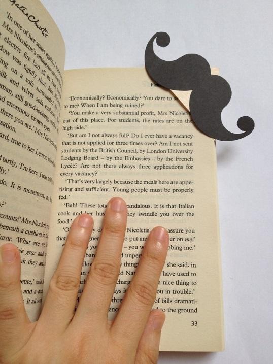 Marque-page moustache