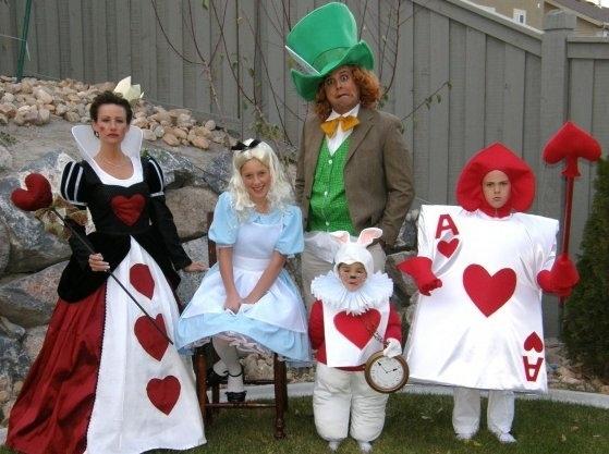 Déguisement famille Alice au pays des merveilles