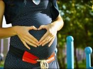 Quelle tenue professionnelle une future maman devra choisir ?